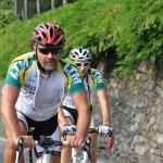 Luca...cosi' s'indossa il casco!